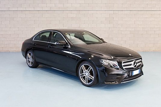 Mercedes E class Lux